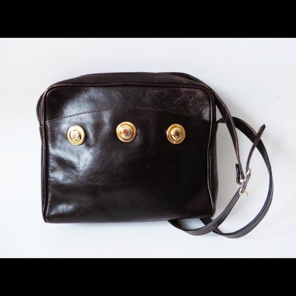 a0d96e3e6274 Brown leather bag purse crossbody gold accent